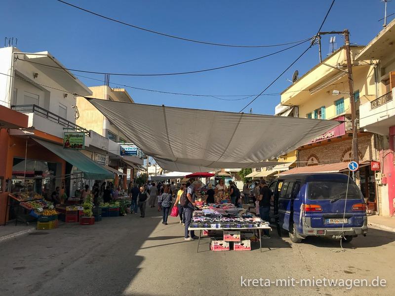 Weekly market in Mires